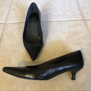 Stuart Weitzman Black Pointed Toe Kitten Heels